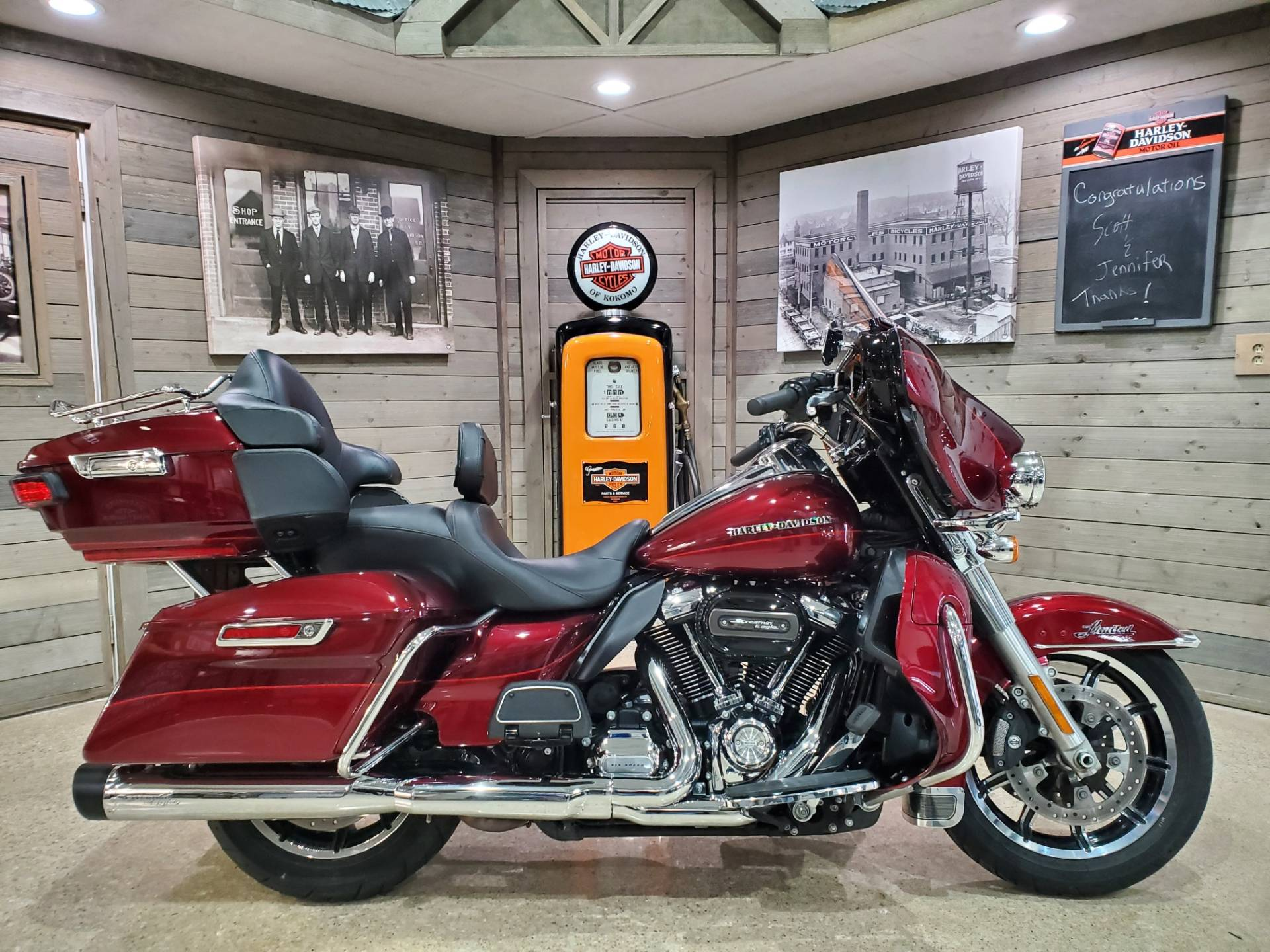 2017 Harley-Davidson Ultra Limited in Kokomo, Indiana - Photo 1