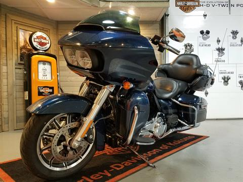 2016 Harley-Davidson Road Glide® Ultra in Kokomo, Indiana - Photo 8