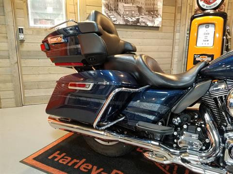 2016 Harley-Davidson Road Glide® Ultra in Kokomo, Indiana - Photo 15