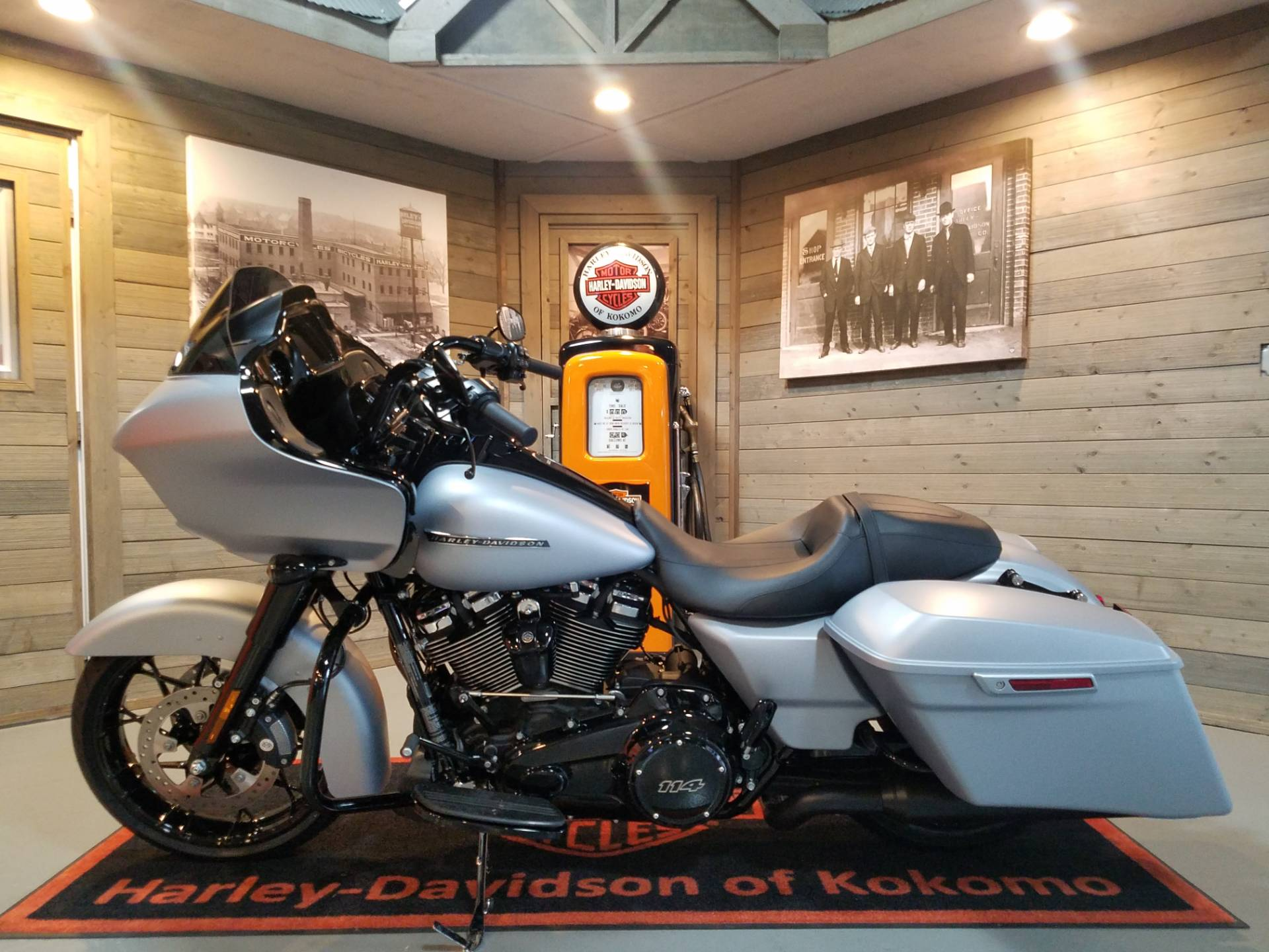 2020 Harley-Davidson Road Glide® Special in Kokomo, Indiana - Photo 7
