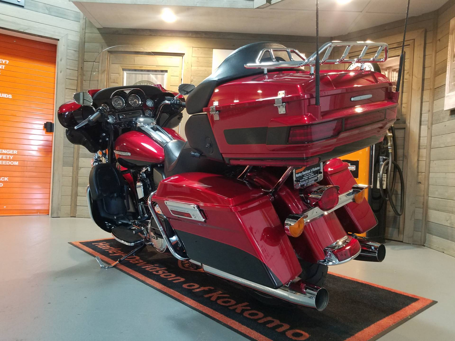 2012 Harley-Davidson Electra Glide® Ultra Limited in Kokomo, Indiana - Photo 9