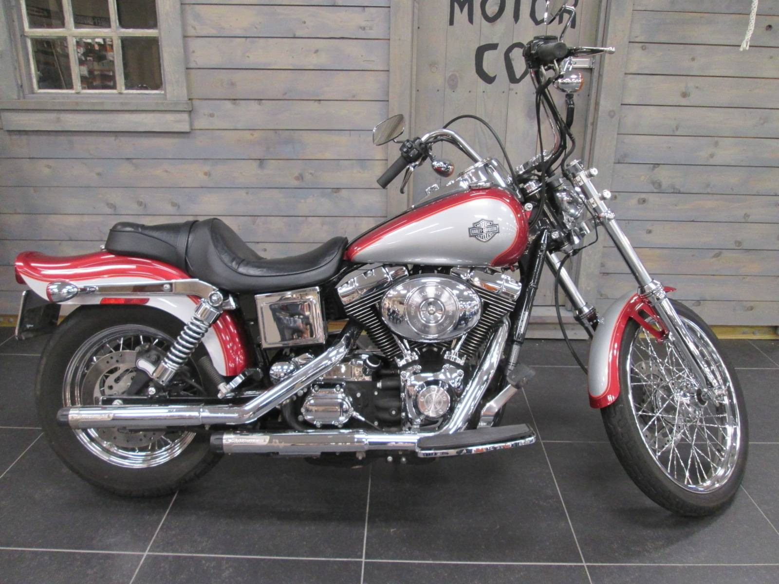2005 Harley-Davidson FXDWG/FXDWGI Dyna Wide Glide® in Lafayette, Indiana - Photo 1
