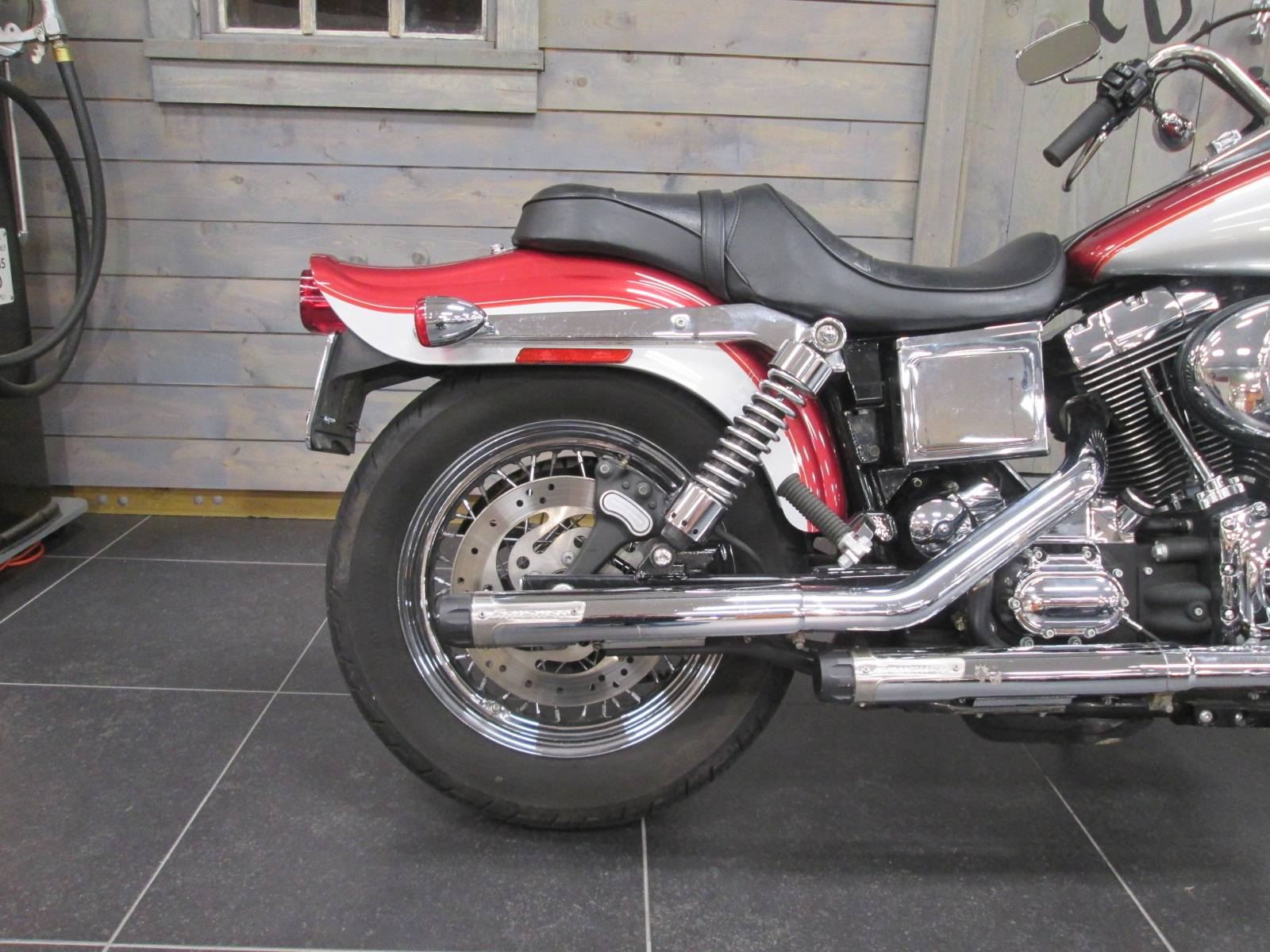 2005 Harley-Davidson FXDWG/FXDWGI Dyna Wide Glide® in Lafayette, Indiana - Photo 3