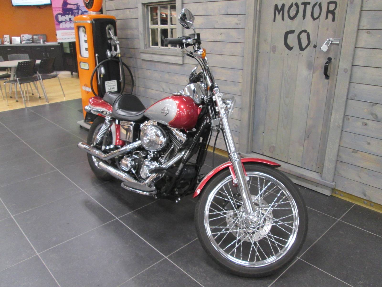 2005 Harley-Davidson FXDWG/FXDWGI Dyna Wide Glide® in Lafayette, Indiana - Photo 7