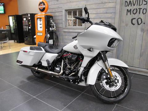 2020 Harley-Davidson CVO™ Road Glide® in Lafayette, Indiana - Photo 7