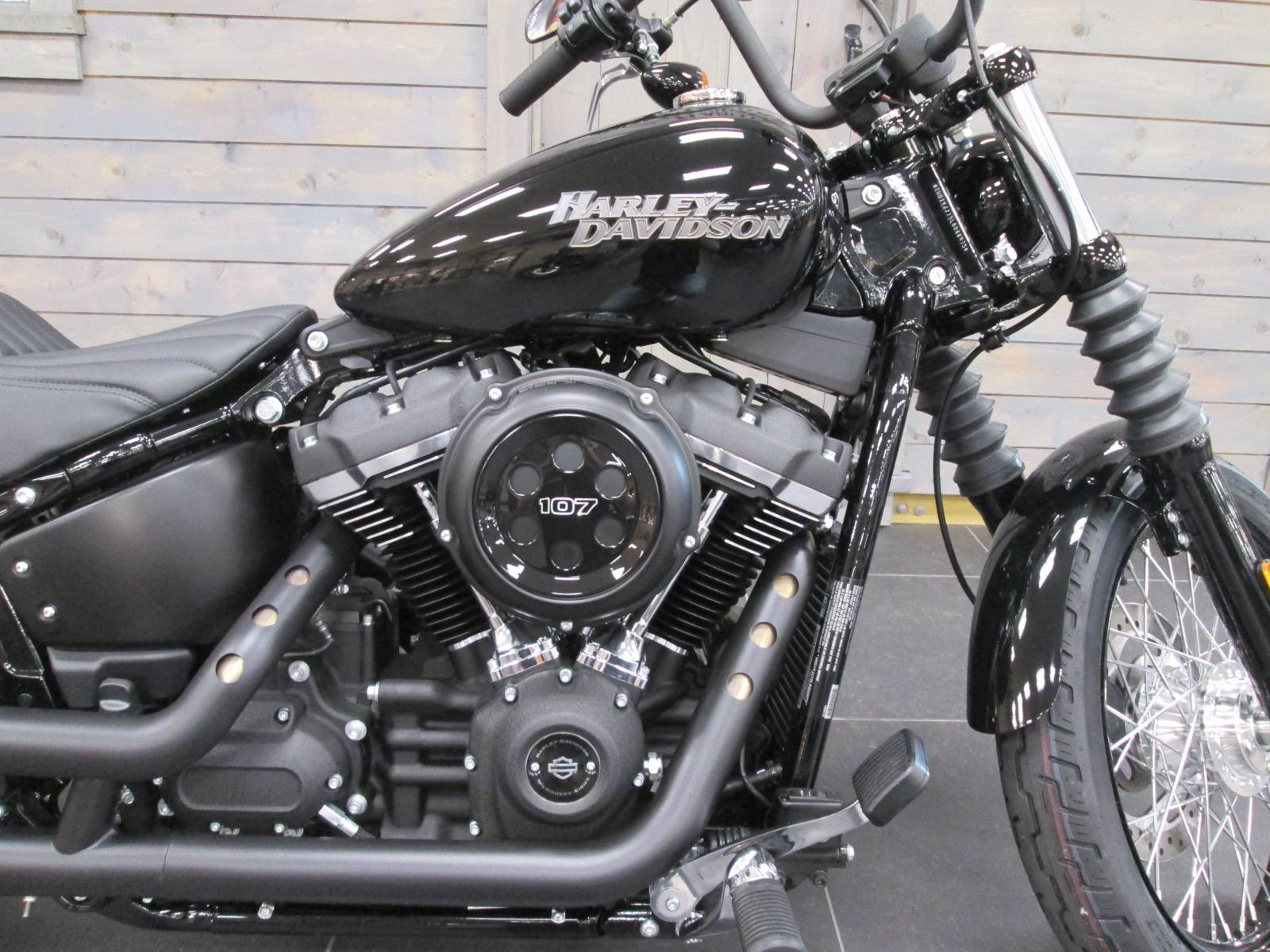 2020 Harley-Davidson Street Bob® in Lafayette, Indiana - Photo 2
