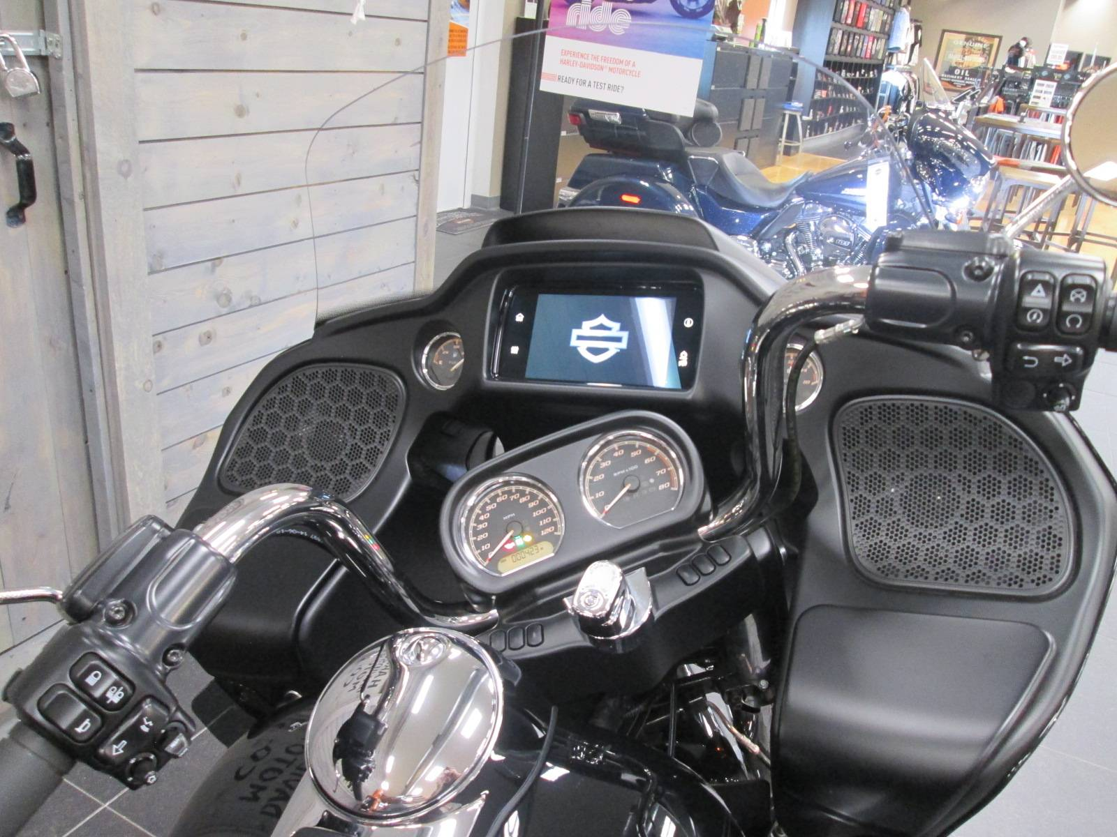 2019 Harley-Davidson Road Glide® Ultra in Lafayette, Indiana - Photo 4