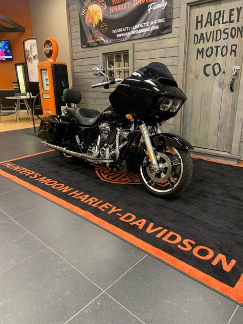 2017 Harley-Davidson Road Glide® Special in Lafayette, Indiana - Photo 2