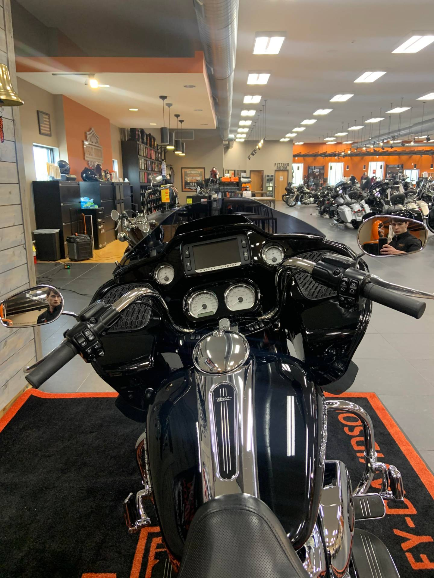 2017 Harley-Davidson Road Glide® Special in Lafayette, Indiana - Photo 4