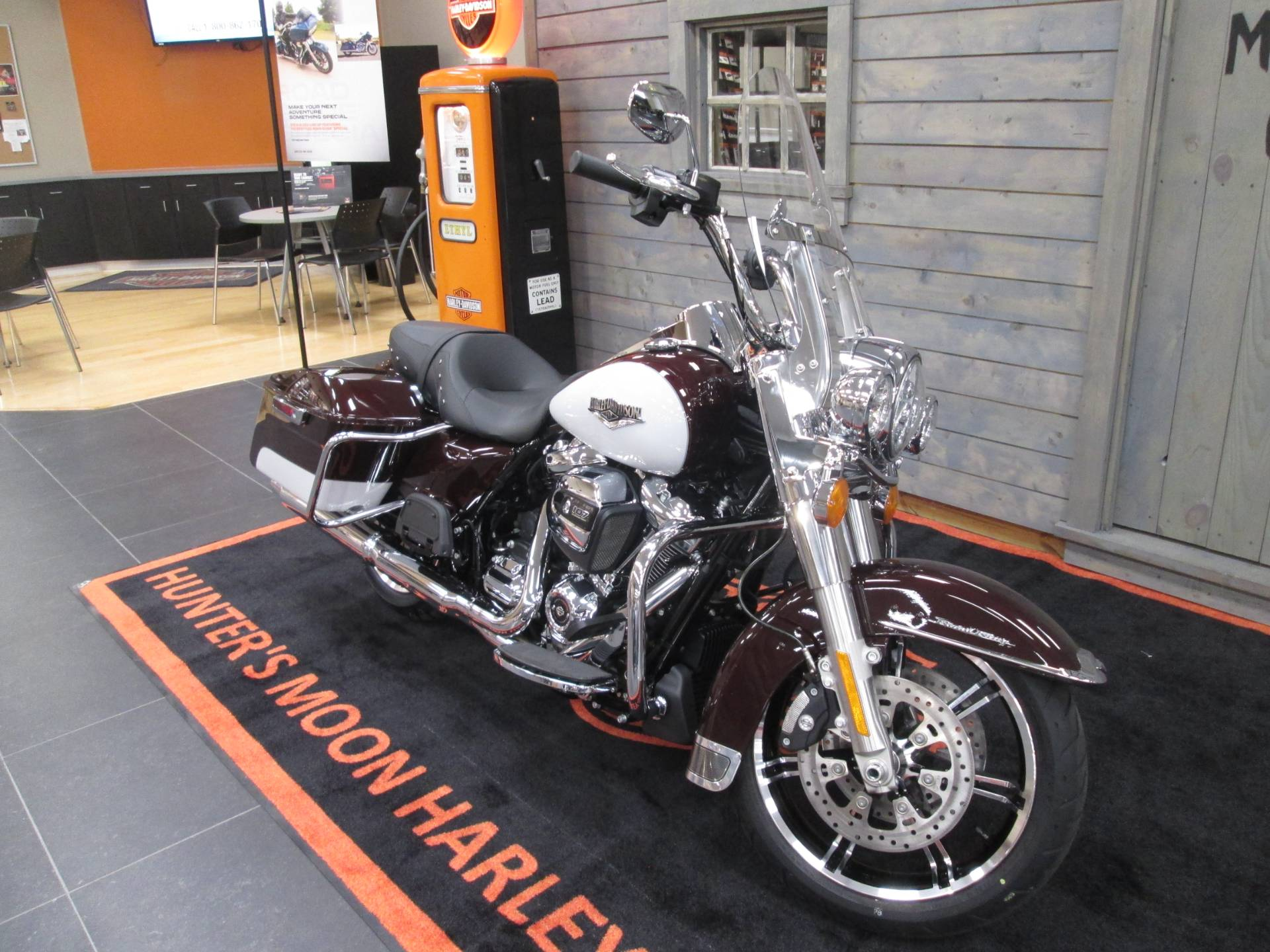 2021 Harley-Davidson Road King® in Lafayette, Indiana - Photo 6