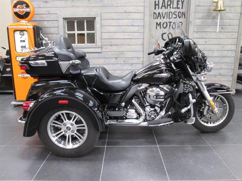 2016 Harley-Davidson Tri Glide® Ultra in Lafayette, Indiana - Photo 1