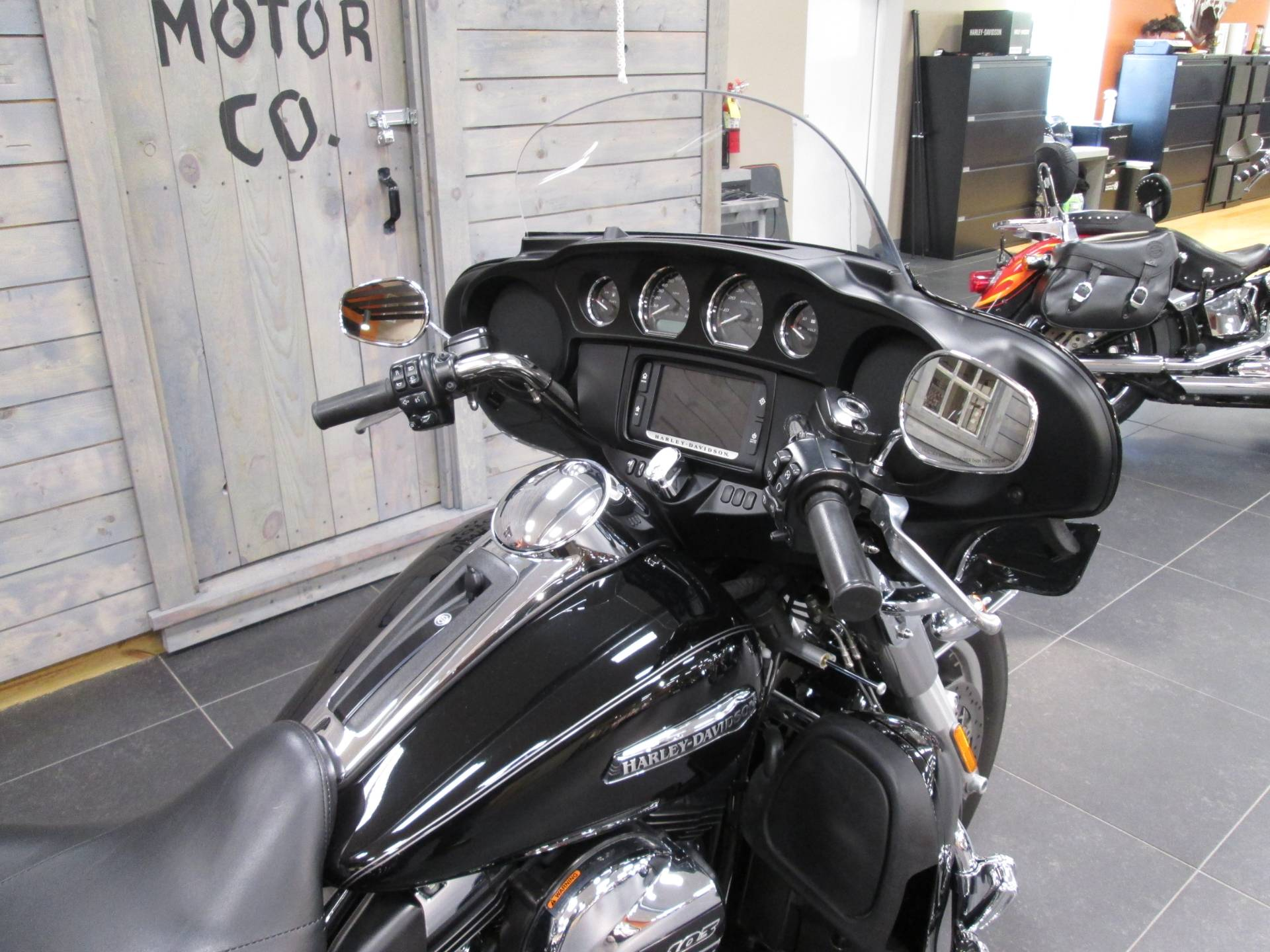 2016 Harley-Davidson Tri Glide® Ultra in Lafayette, Indiana - Photo 3