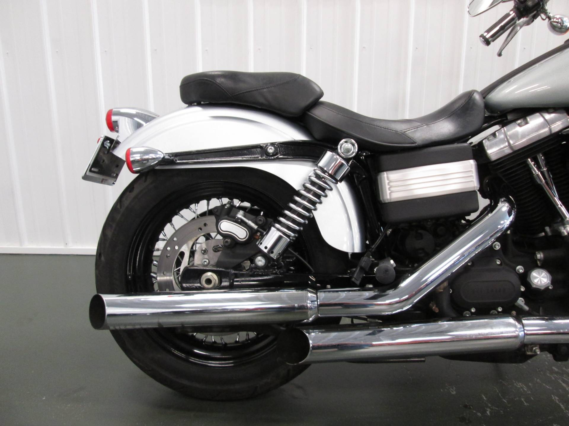 2011 Harley-Davidson Dyna® Street Bob® in Lafayette, Indiana - Photo 4
