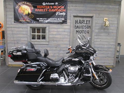 2017 Harley-Davidson Ultra Limited in Lafayette, Indiana - Photo 2