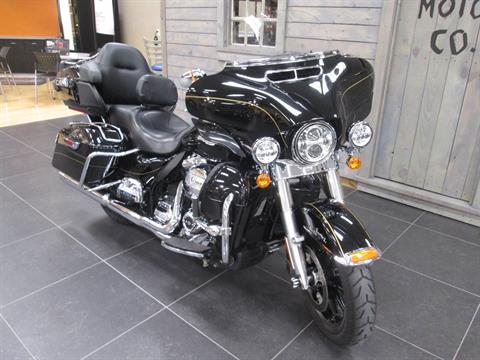 2017 Harley-Davidson Ultra Limited in Lafayette, Indiana - Photo 5