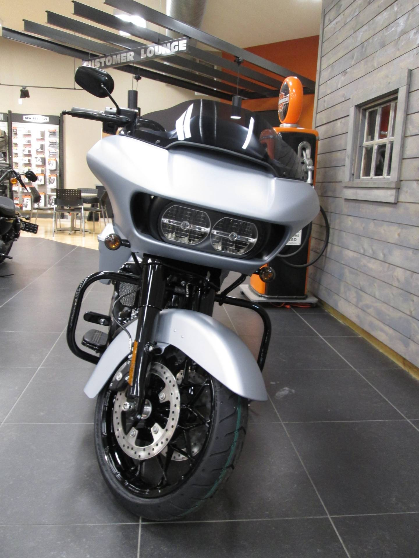 2020 Harley-Davidson Road Glide® Special in Lafayette, Indiana - Photo 6