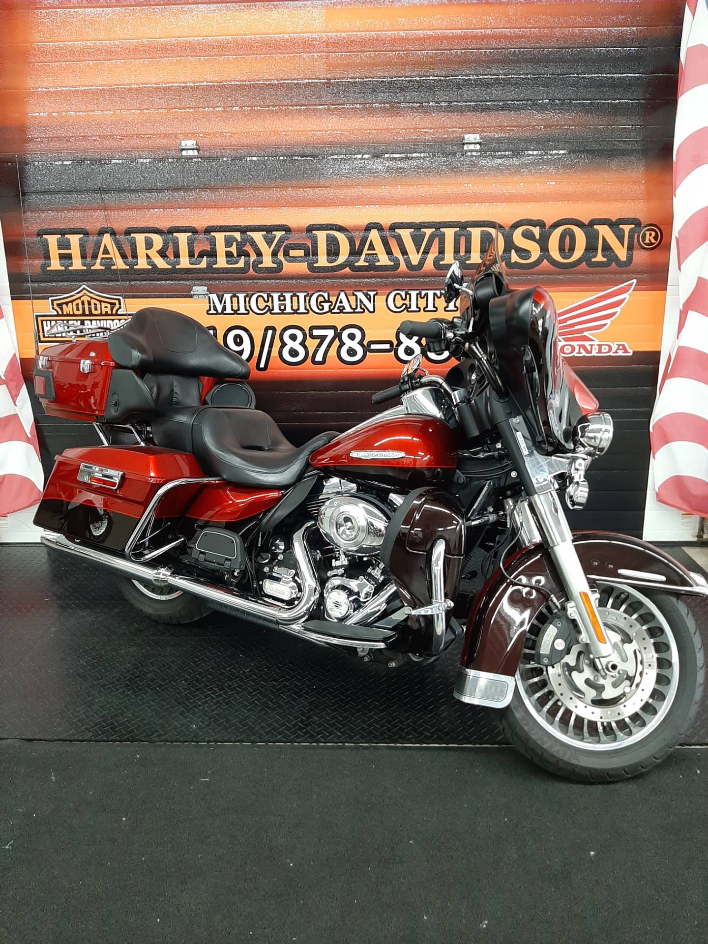 2013 Harley-Davidson FLHTK®Limited® in Michigan City, Indiana - Photo 2