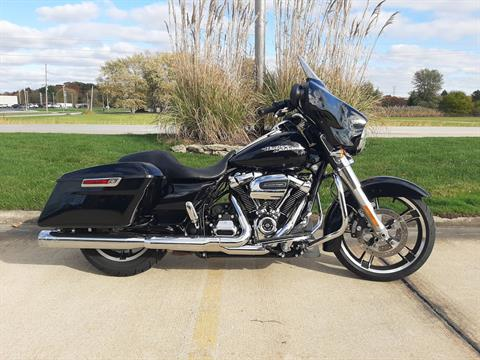 2018 Harley-Davidson Street Glide® in Michigan City, Indiana - Photo 1