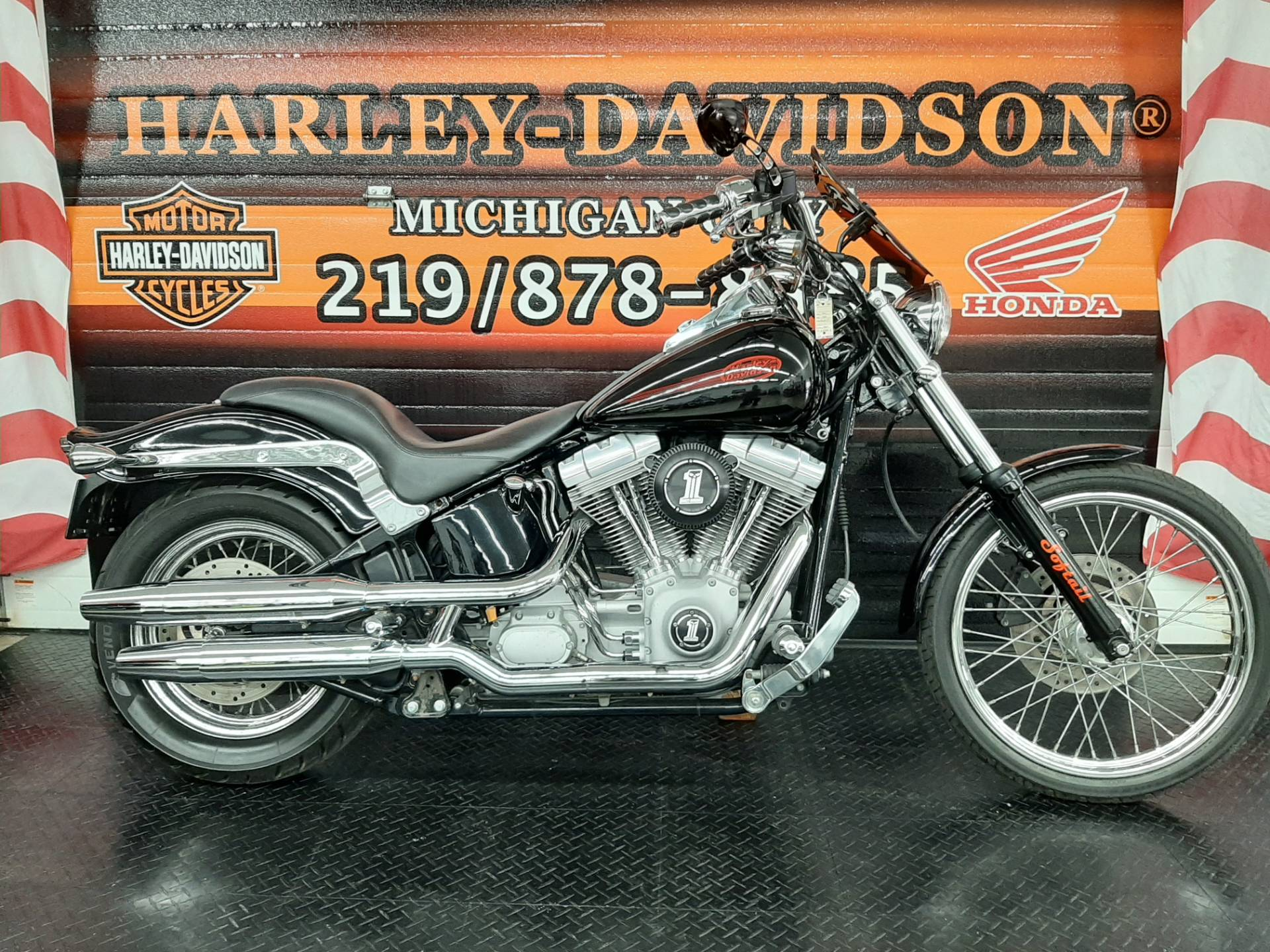 2004 Harley-Davidson FXST/FXSTI Softail® Standard in Michigan City, Indiana - Photo 1