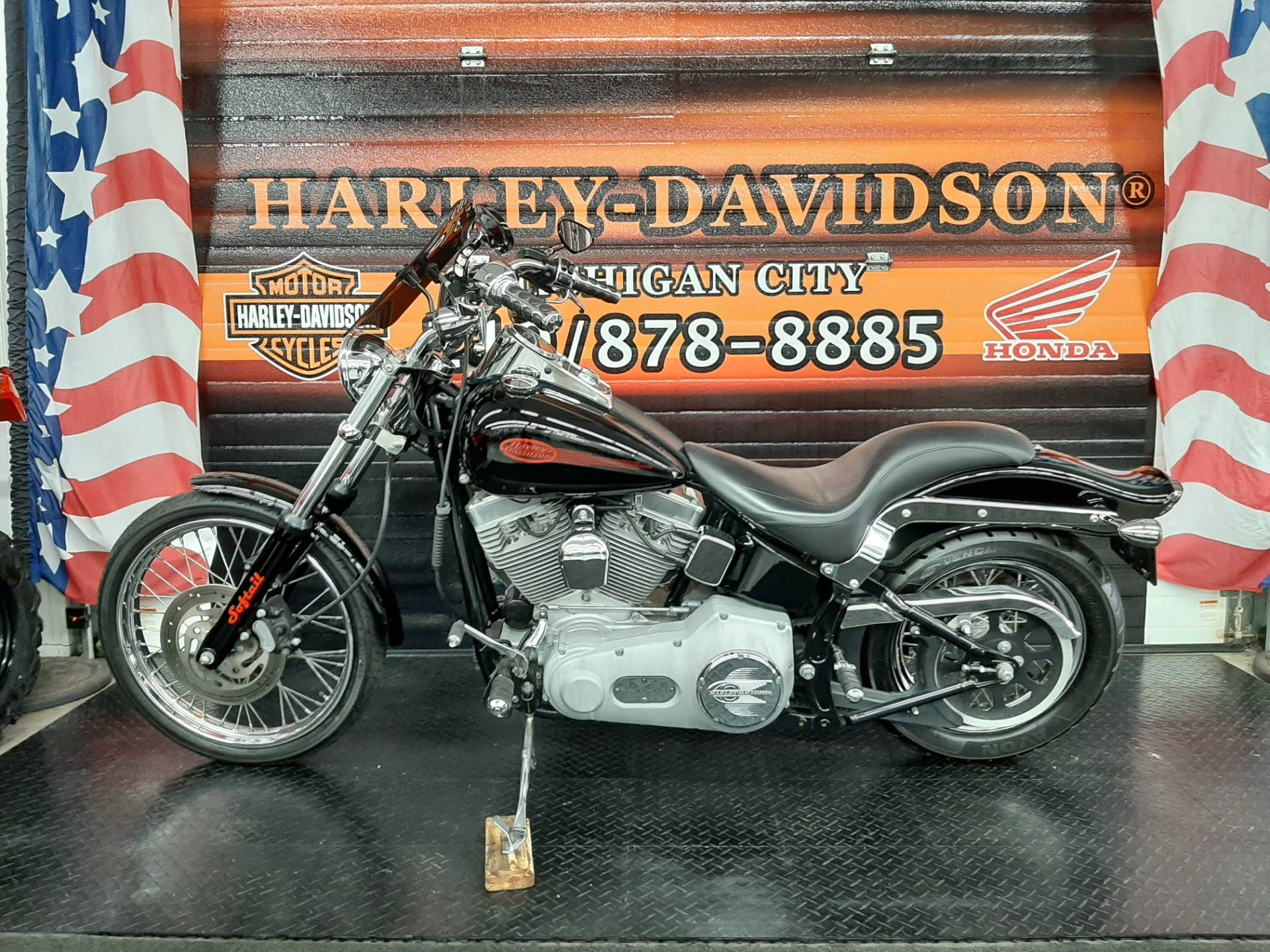 2004 Harley-Davidson FXST/FXSTI Softail® Standard in Michigan City, Indiana - Photo 3