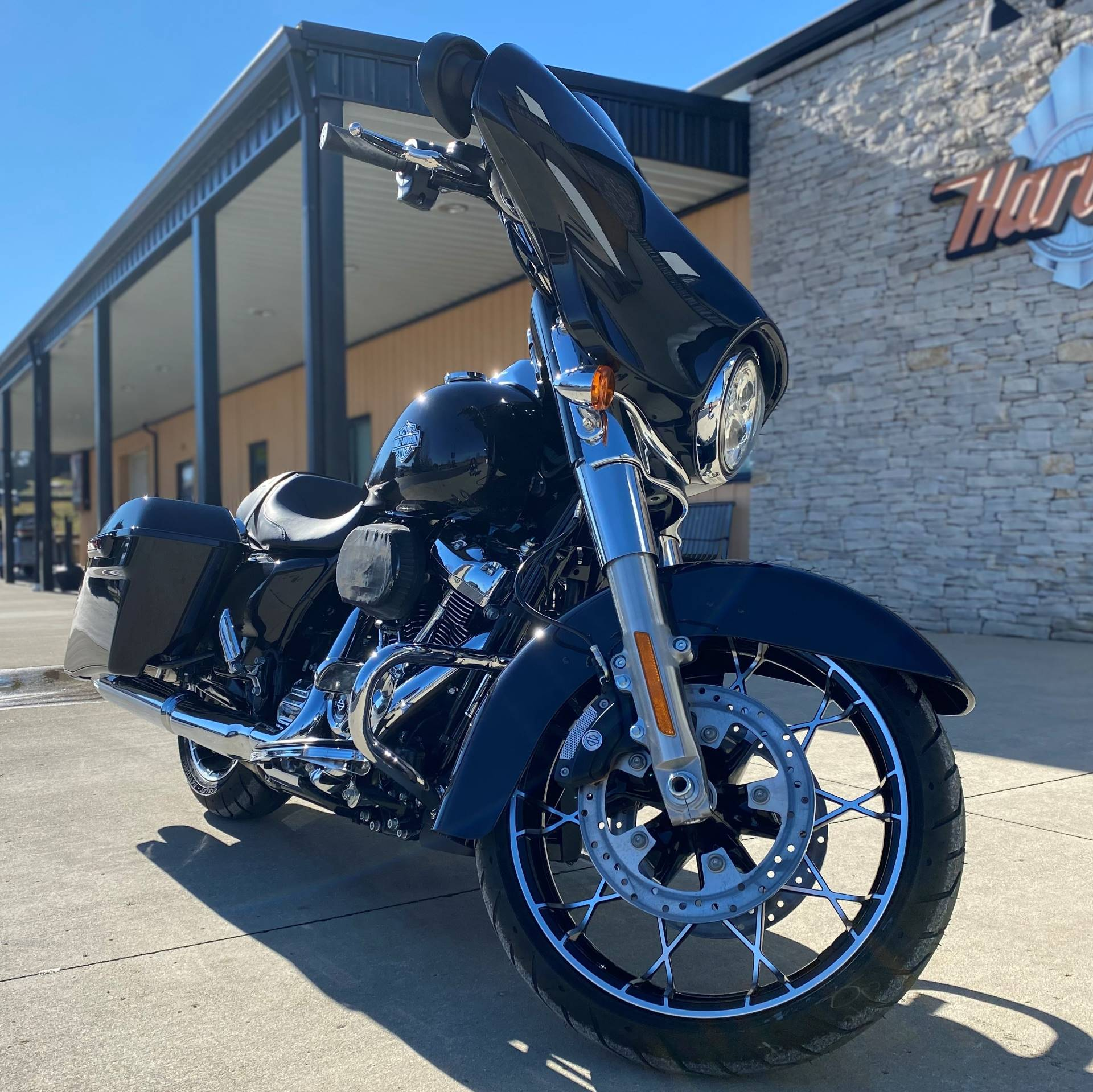 2021 Harley-Davidson Street Glide® Special in Bloomington, Indiana - Photo 10