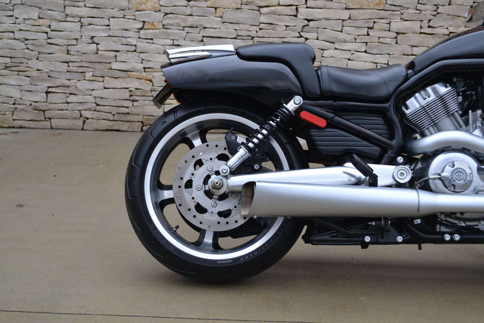 2015 Harley-Davidson V-Rod Muscle® in Bloomington, Indiana - Photo 3
