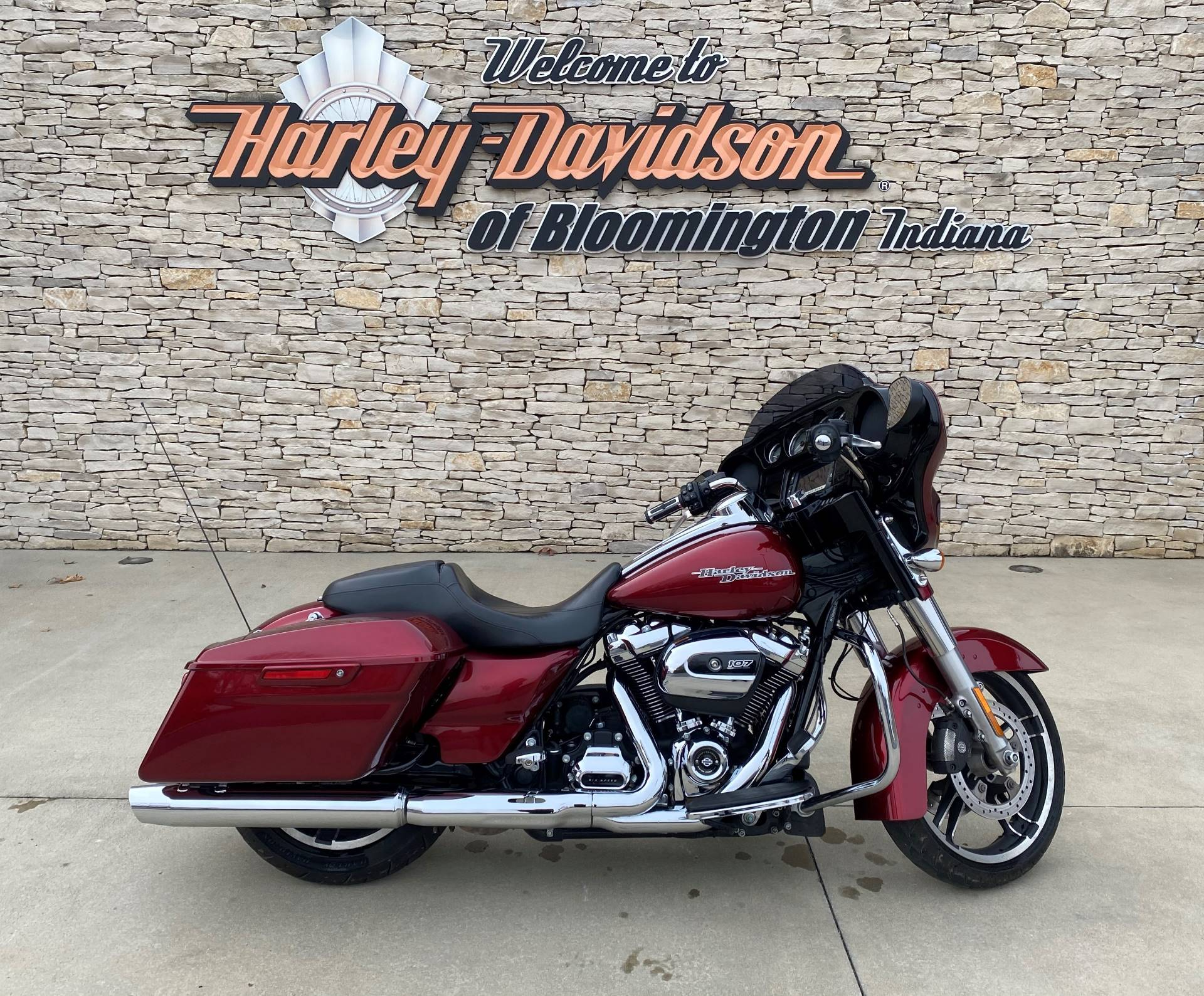 2017 Harley-Davidson Street Glide® Special in Bloomington, Indiana - Photo 1