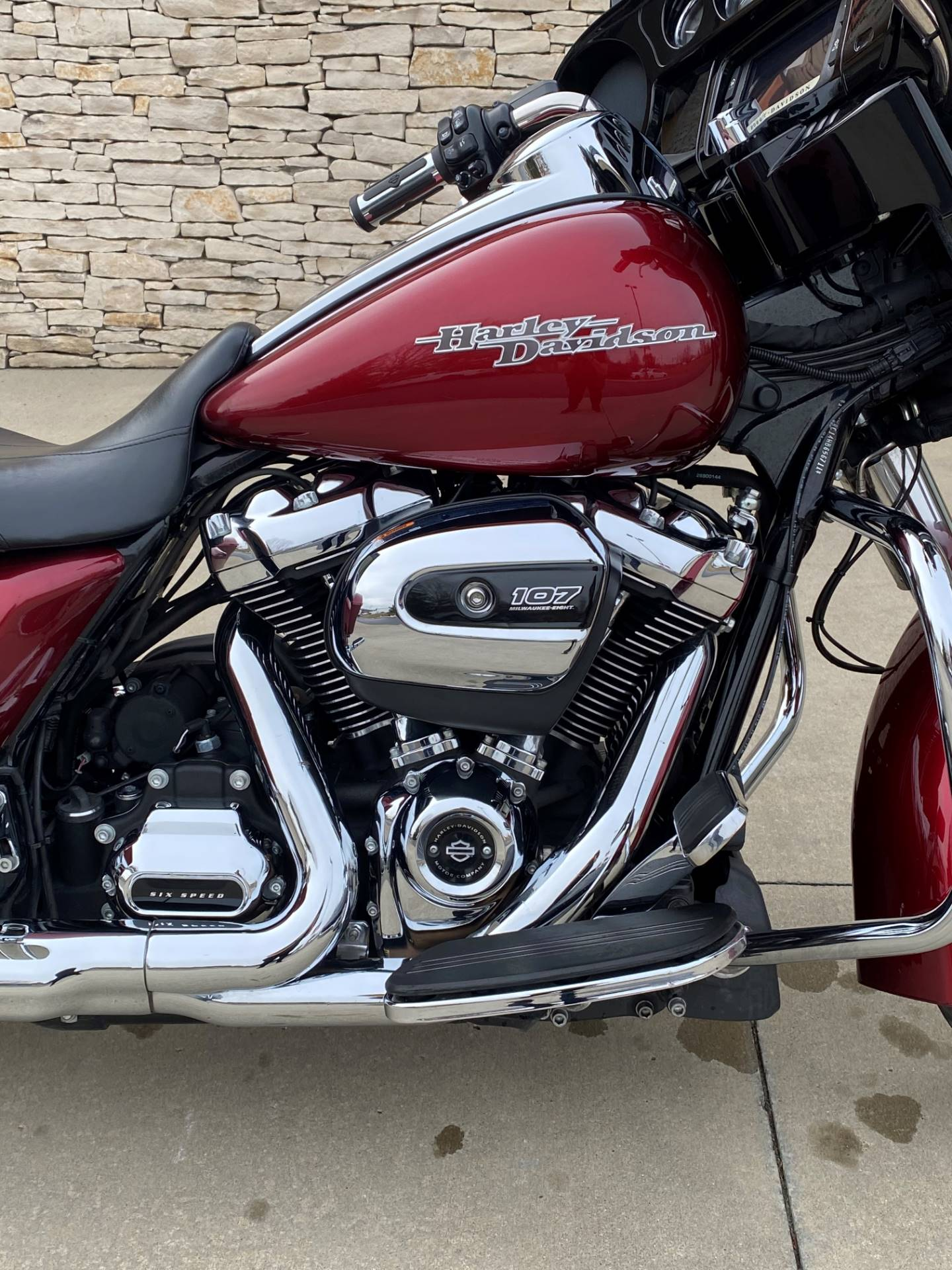 2017 Harley-Davidson Street Glide® Special in Bloomington, Indiana - Photo 2