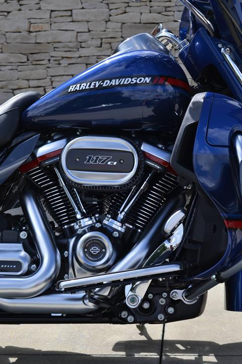 2020 Harley-Davidson CVO™ Limited in Bloomington, Indiana - Photo 2