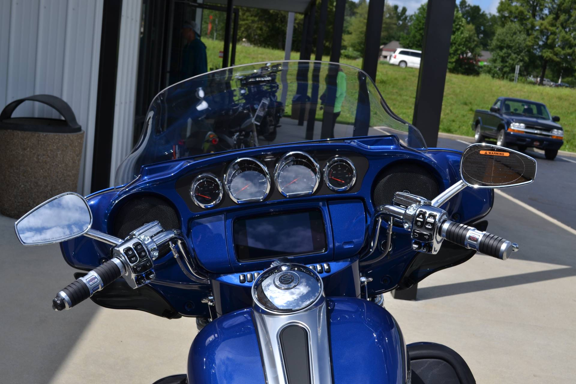 2020 Harley-Davidson CVO™ Limited in Bloomington, Indiana - Photo 6