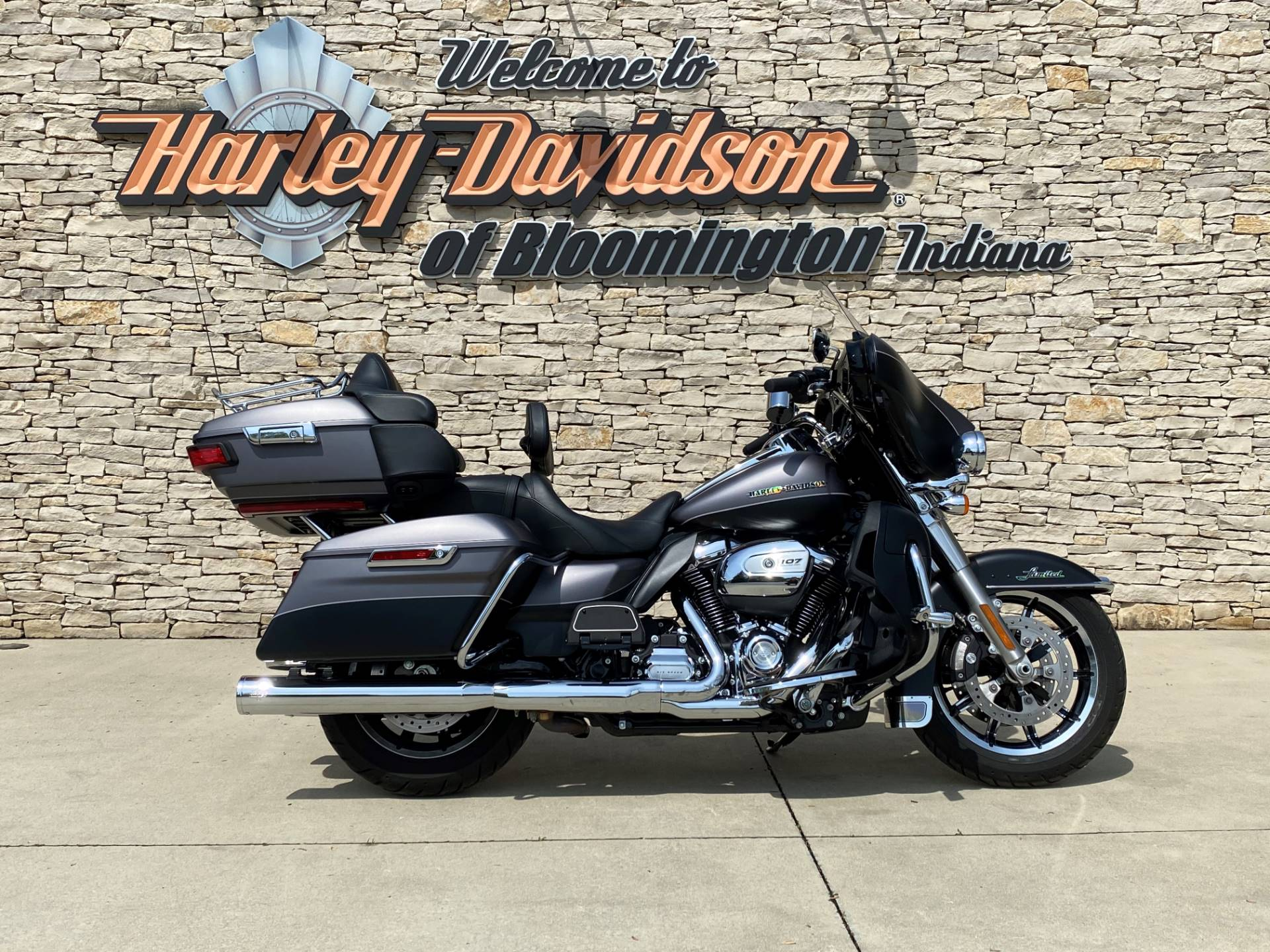2017 Harley-Davidson Ultra Limited in Bloomington, Indiana - Photo 1