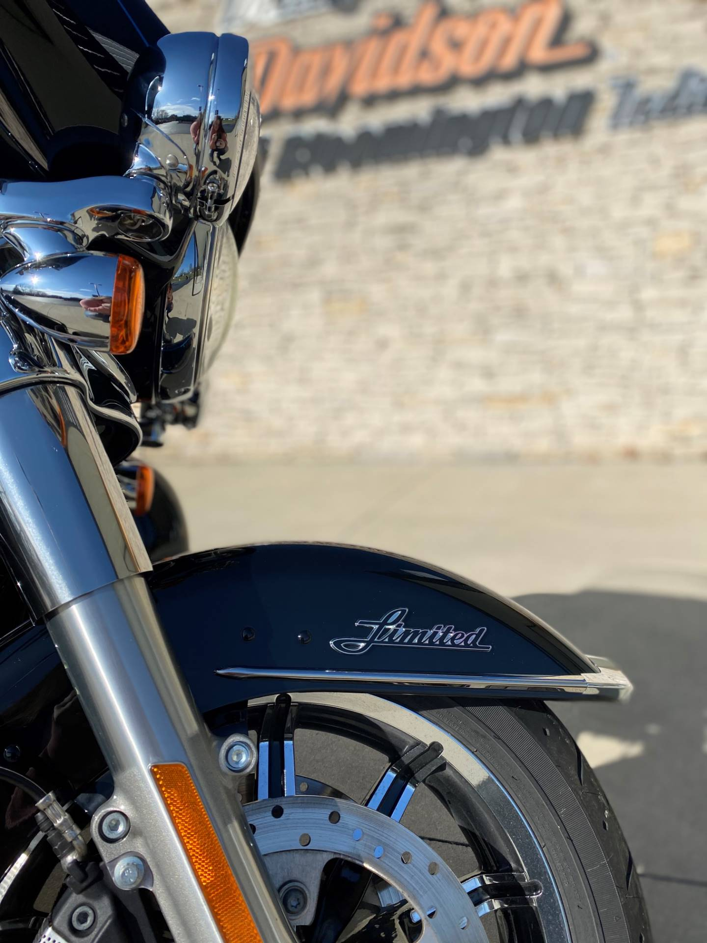 2019 Harley-Davidson Ultra Limited in Bloomington, Indiana - Photo 8