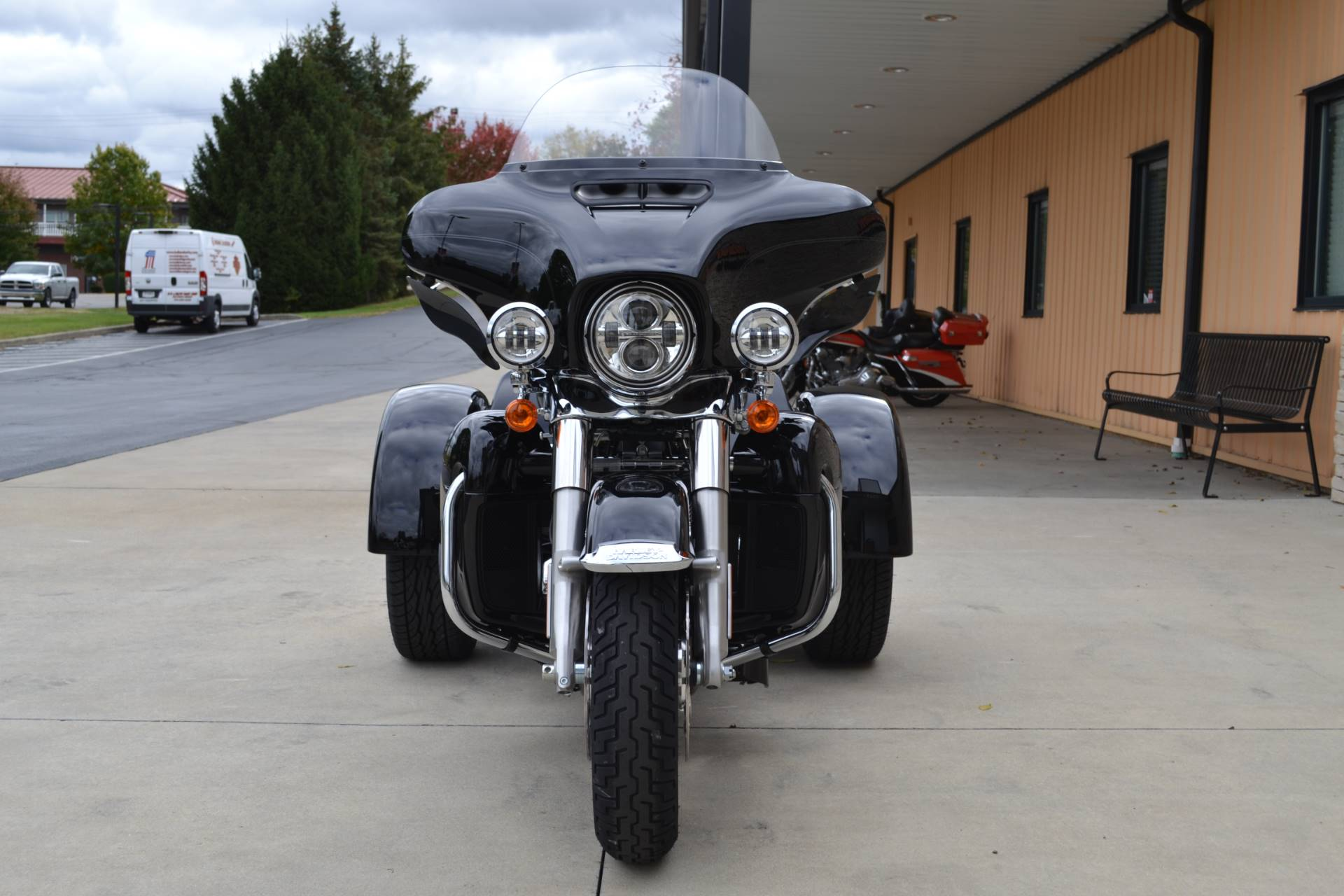2020 Harley-Davidson Tri Glide® Ultra in Bloomington, Indiana - Photo 6