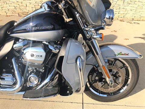 2019 Harley-Davidson Ultra Limited in Bloomington, Indiana - Photo 2