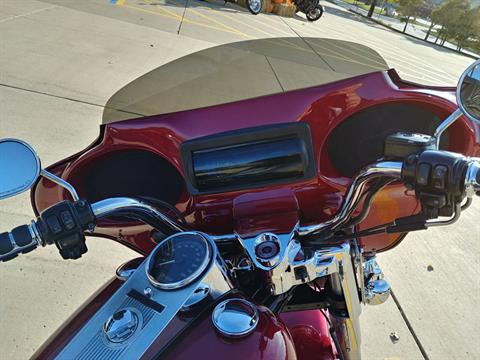 2005 Harley-Davidson FLHRCI Road King® Classic in Valparaiso, Indiana - Photo 6