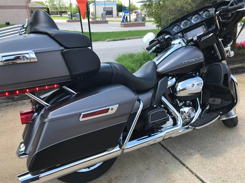 2017 Harley-Davidson Ultra Limited in Valparaiso, Indiana - Photo 4