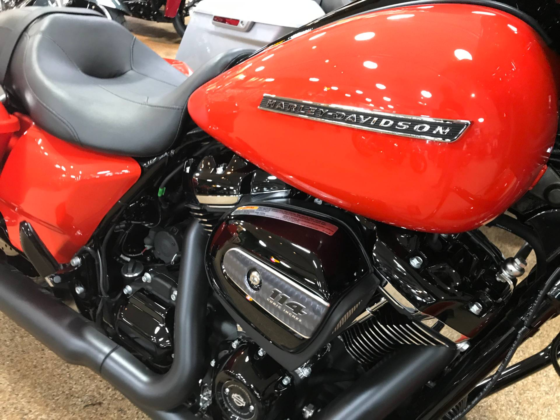 2020 Harley-Davidson Street Glide® Special in Valparaiso, Indiana - Photo 2