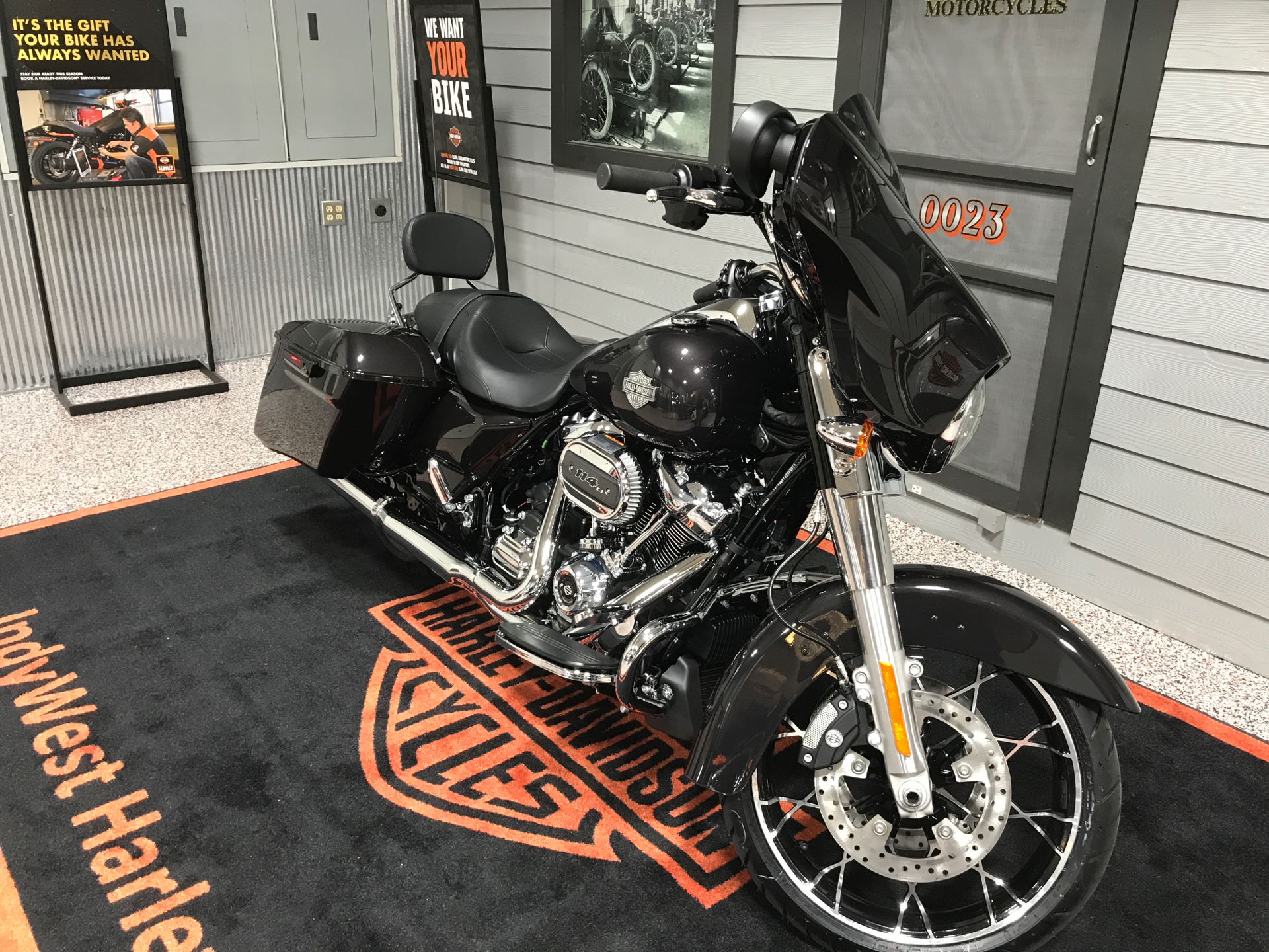 2021 Harley-Davidson Street Glide® Special in Plainfield, Indiana - Photo 5