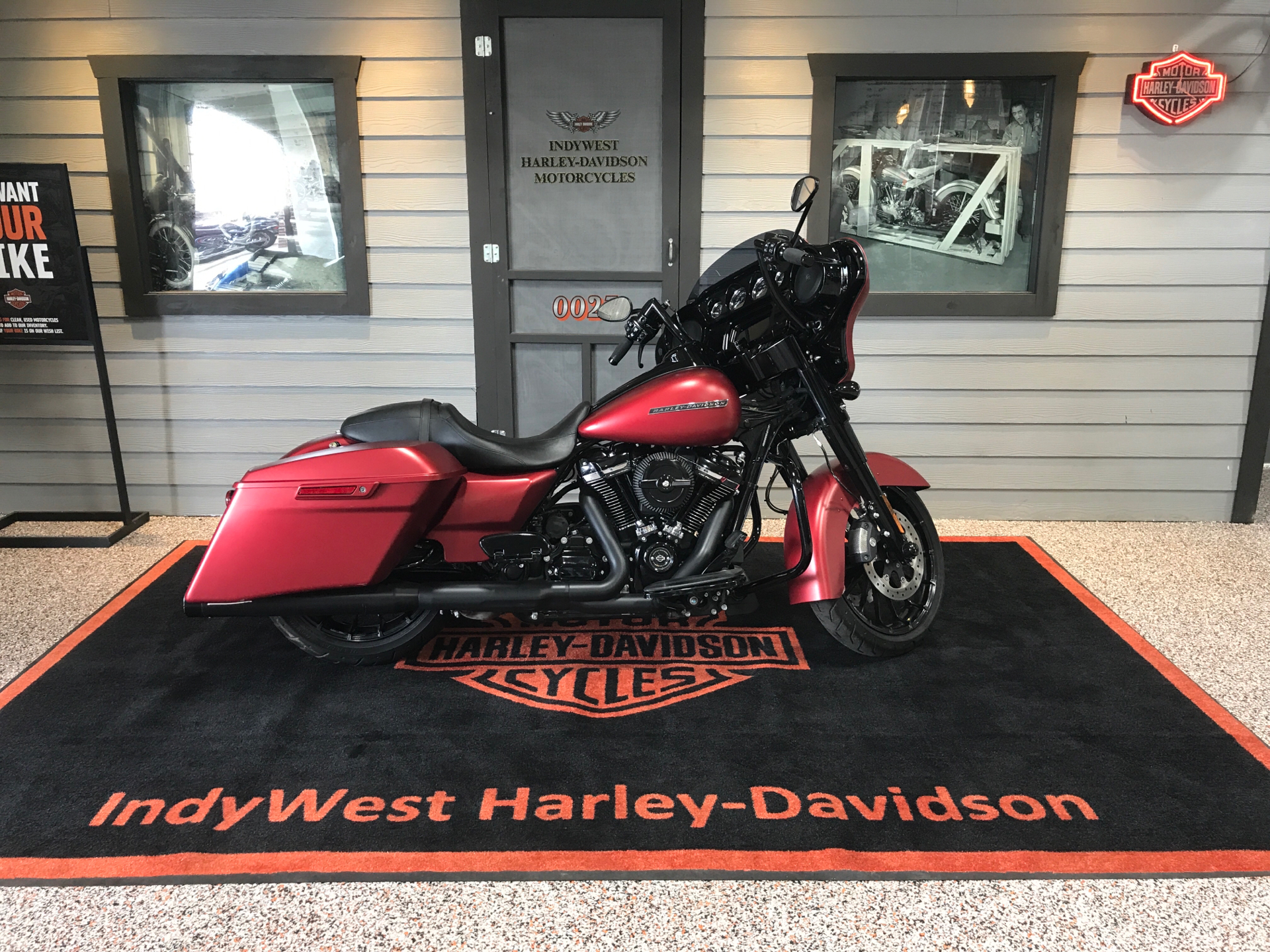 2019 Harley-Davidson Street Glide® Special in Plainfield, Indiana - Photo 1