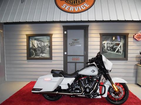 2020 Harley-Davidson CVO™ Street Glide® in Plainfield, Indiana - Photo 1