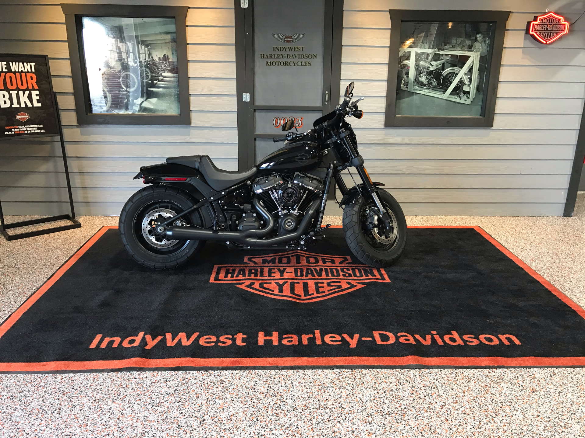 2018 Harley-Davidson Fat Bob® 107 in Plainfield, Indiana - Photo 1