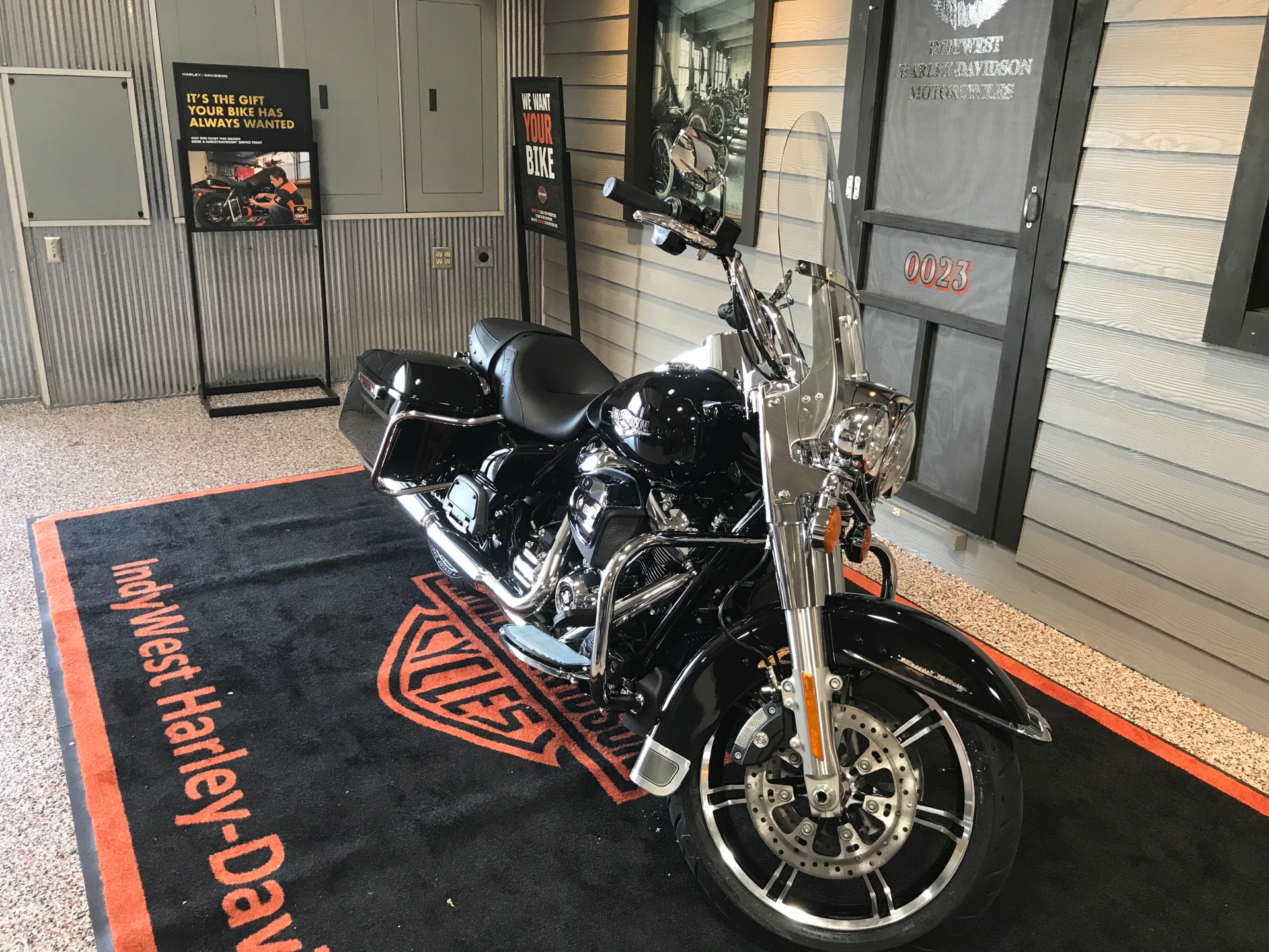 2021 Harley-Davidson Road King® in Plainfield, Indiana - Photo 4
