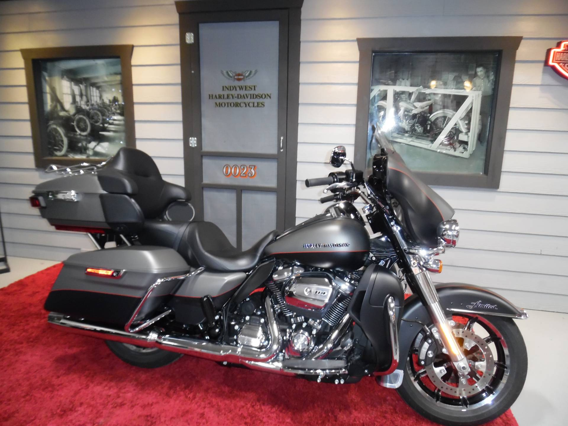 2019 Harley-Davidson Ultra Limited Low in Plainfield, Indiana - Photo 1
