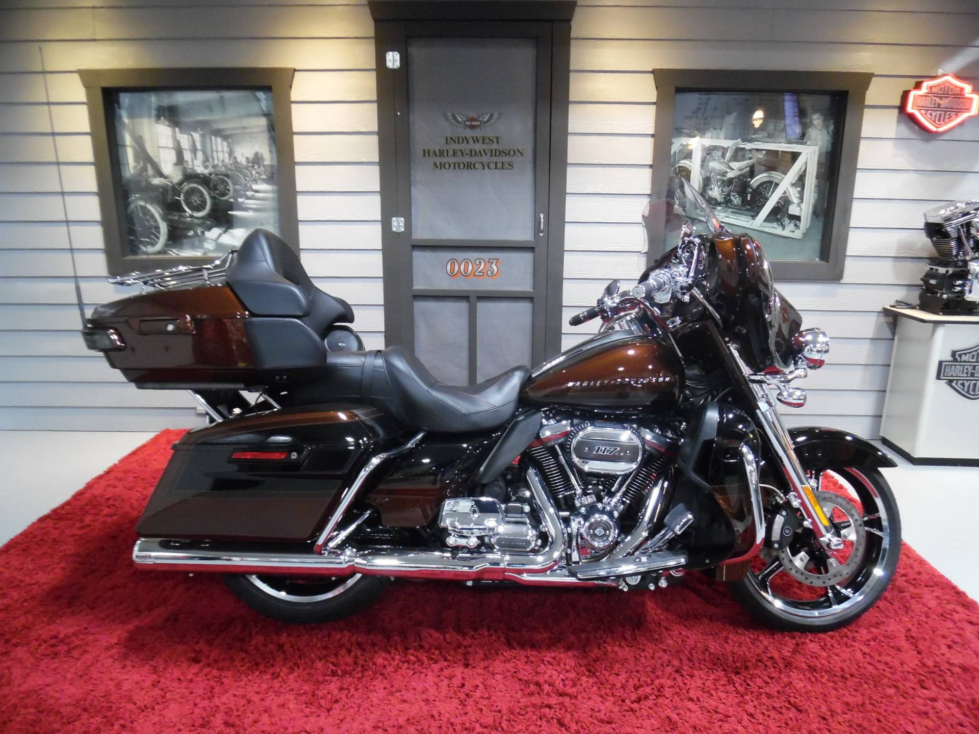 2019 Harley-Davidson CVO™ Limited in Plainfield, Indiana - Photo 1
