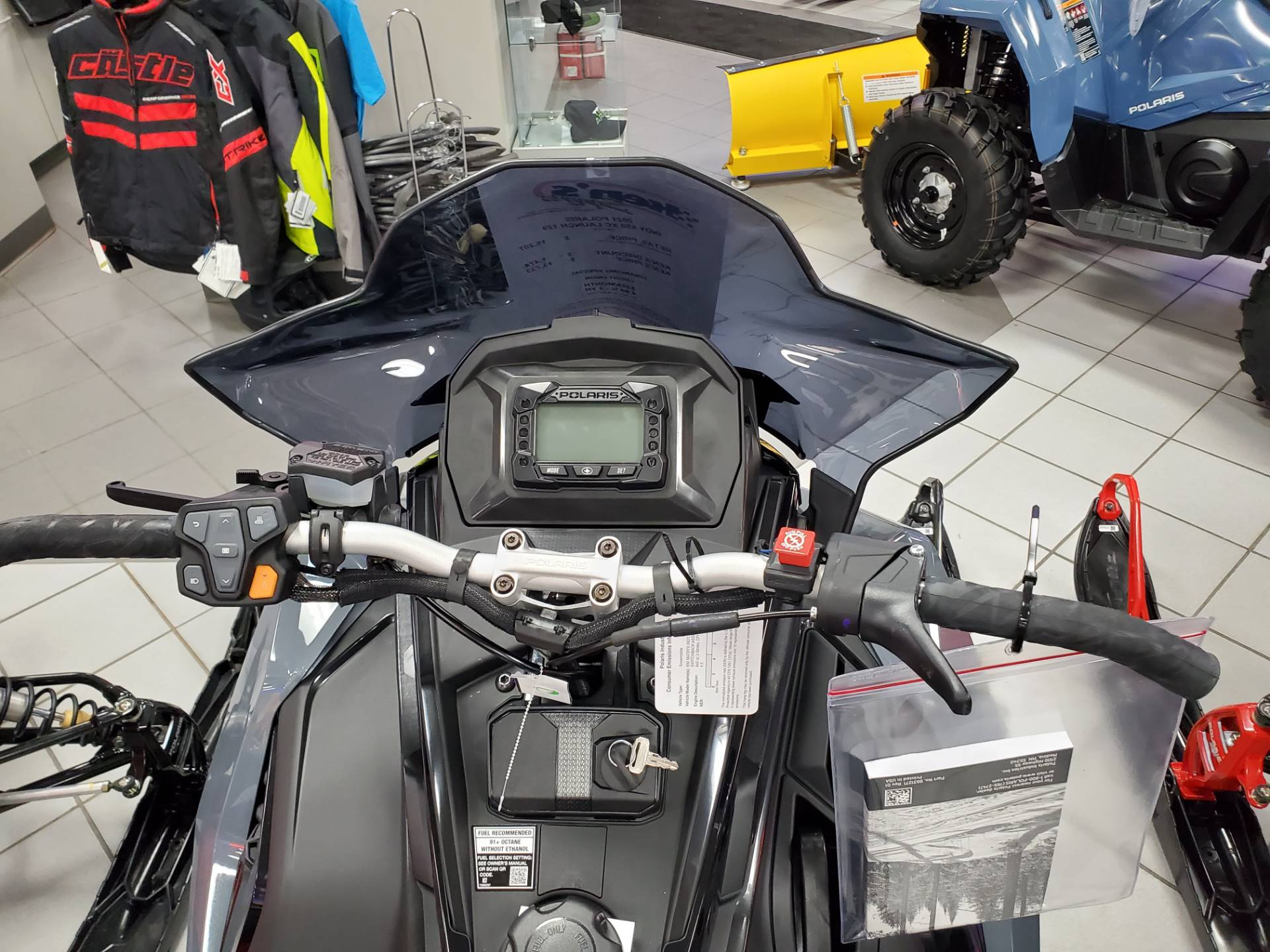 2021 Polaris 850 Indy XC 129 Launch Edition Factory Choice in Kaukauna, Wisconsin - Photo 4