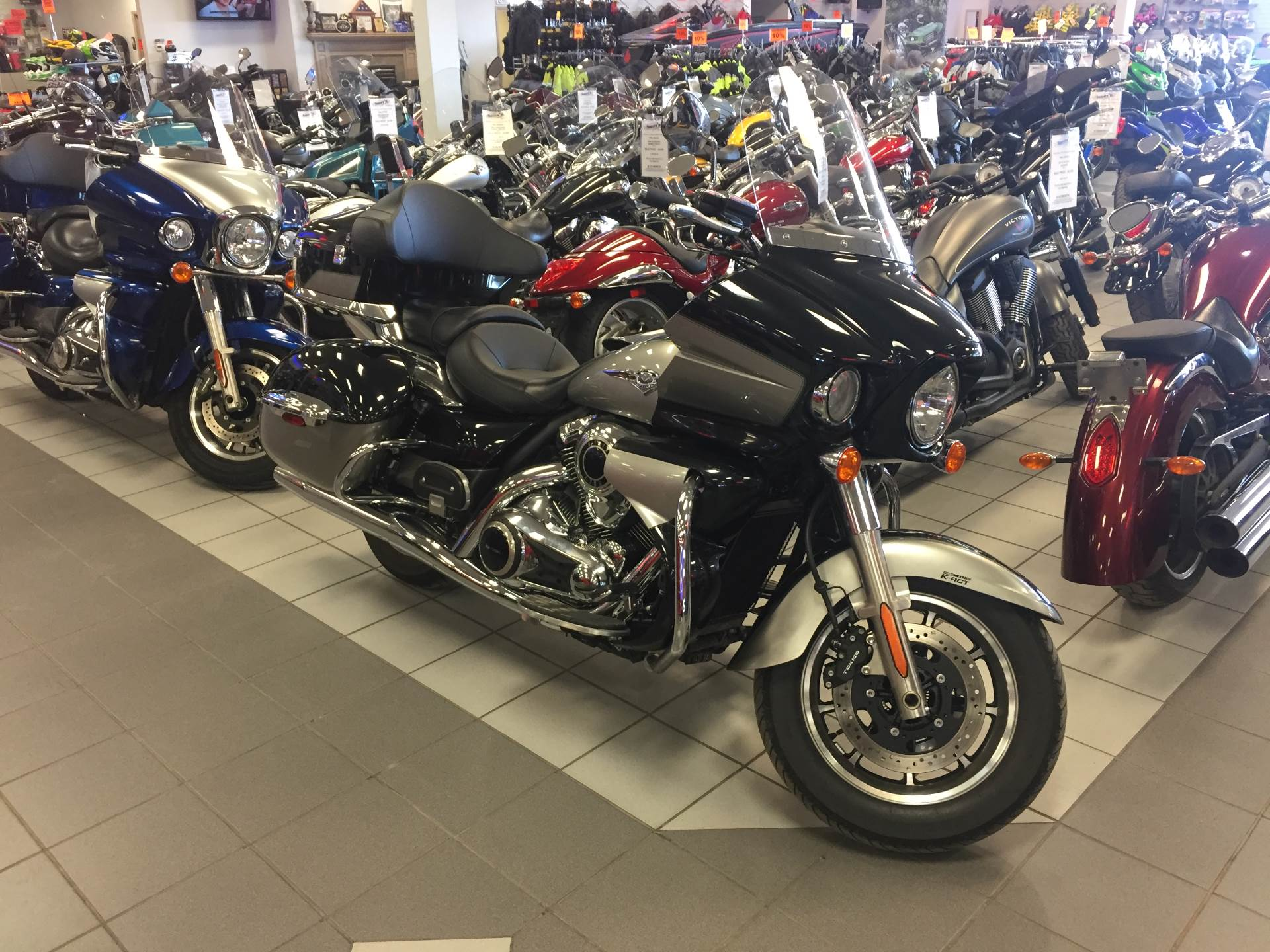 2016 Vulcan 1700 Voyager ABS