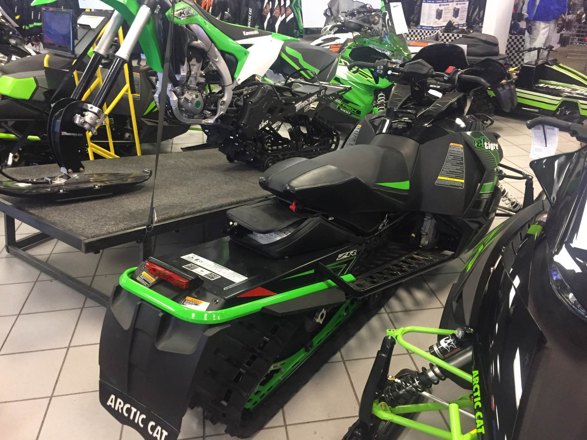 2017 Arctic Cat ZR 6000 El Tigre ES 137 in Kaukauna, Wisconsin