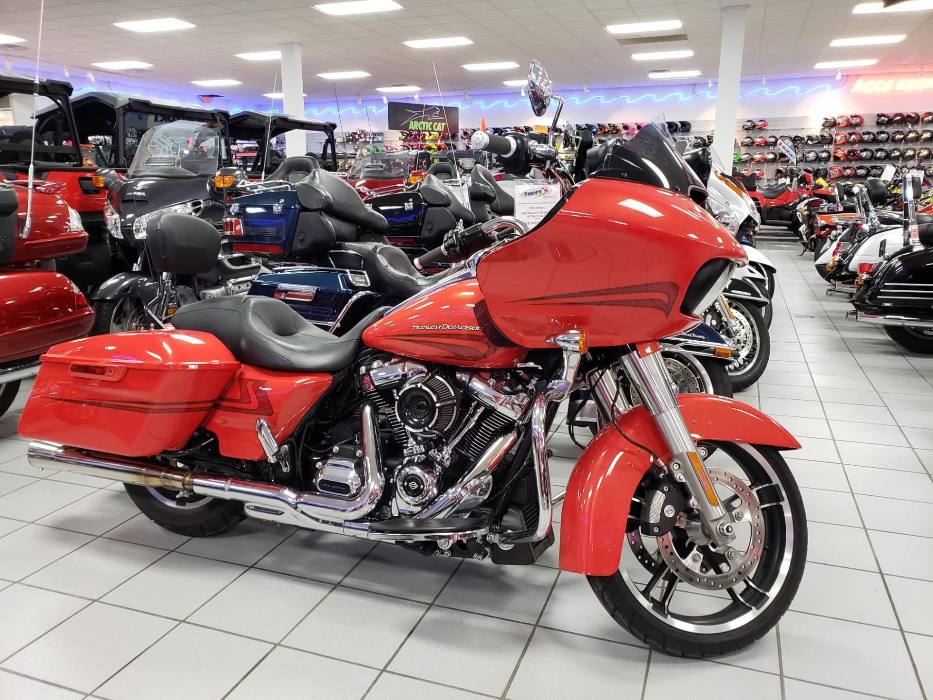 2017 Harley-Davidson Road Glide® Special in Kaukauna, Wisconsin