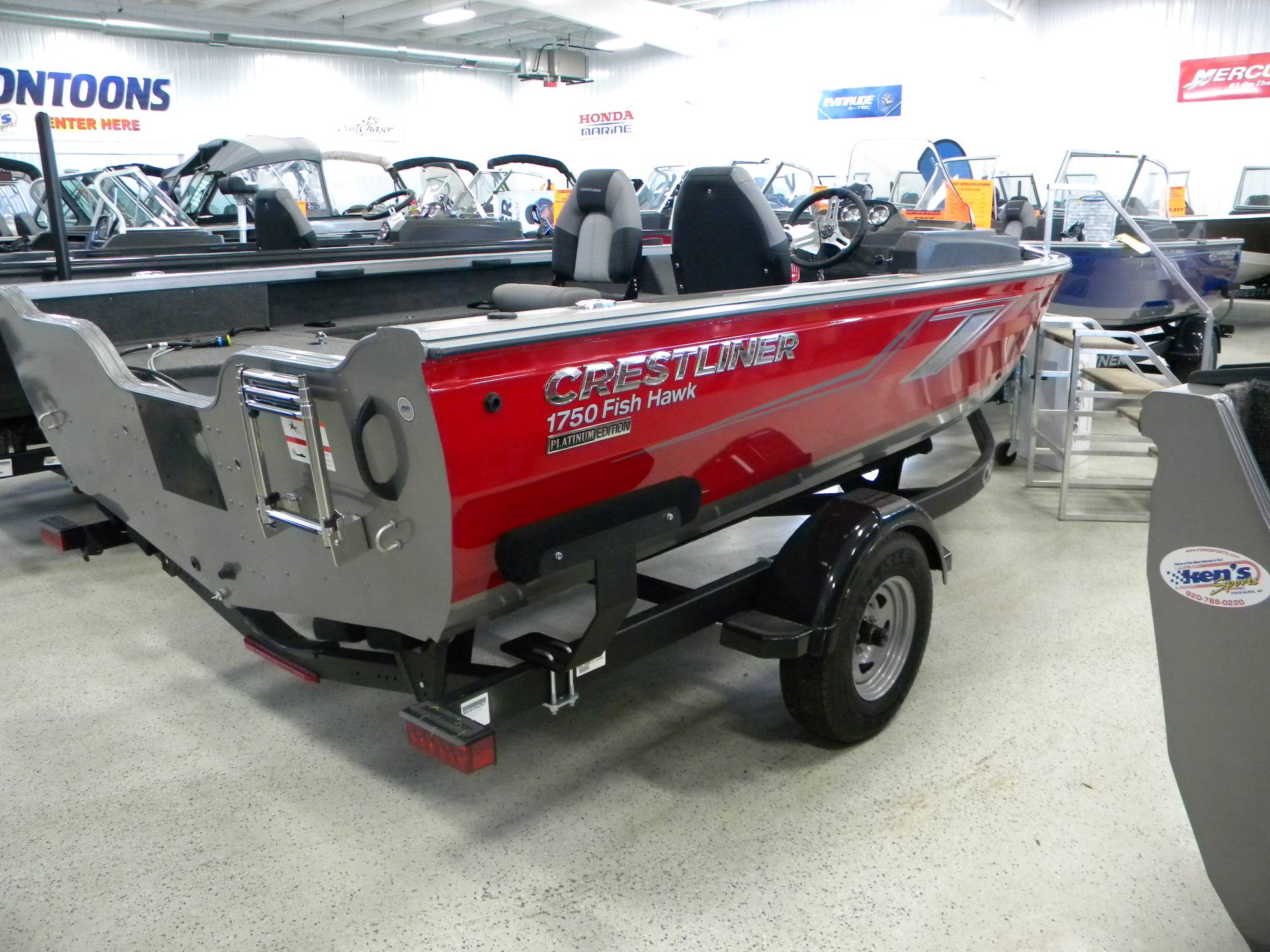 2019 Crestliner 1750 Fish Hawk SC in Kaukauna, Wisconsin - Photo 2
