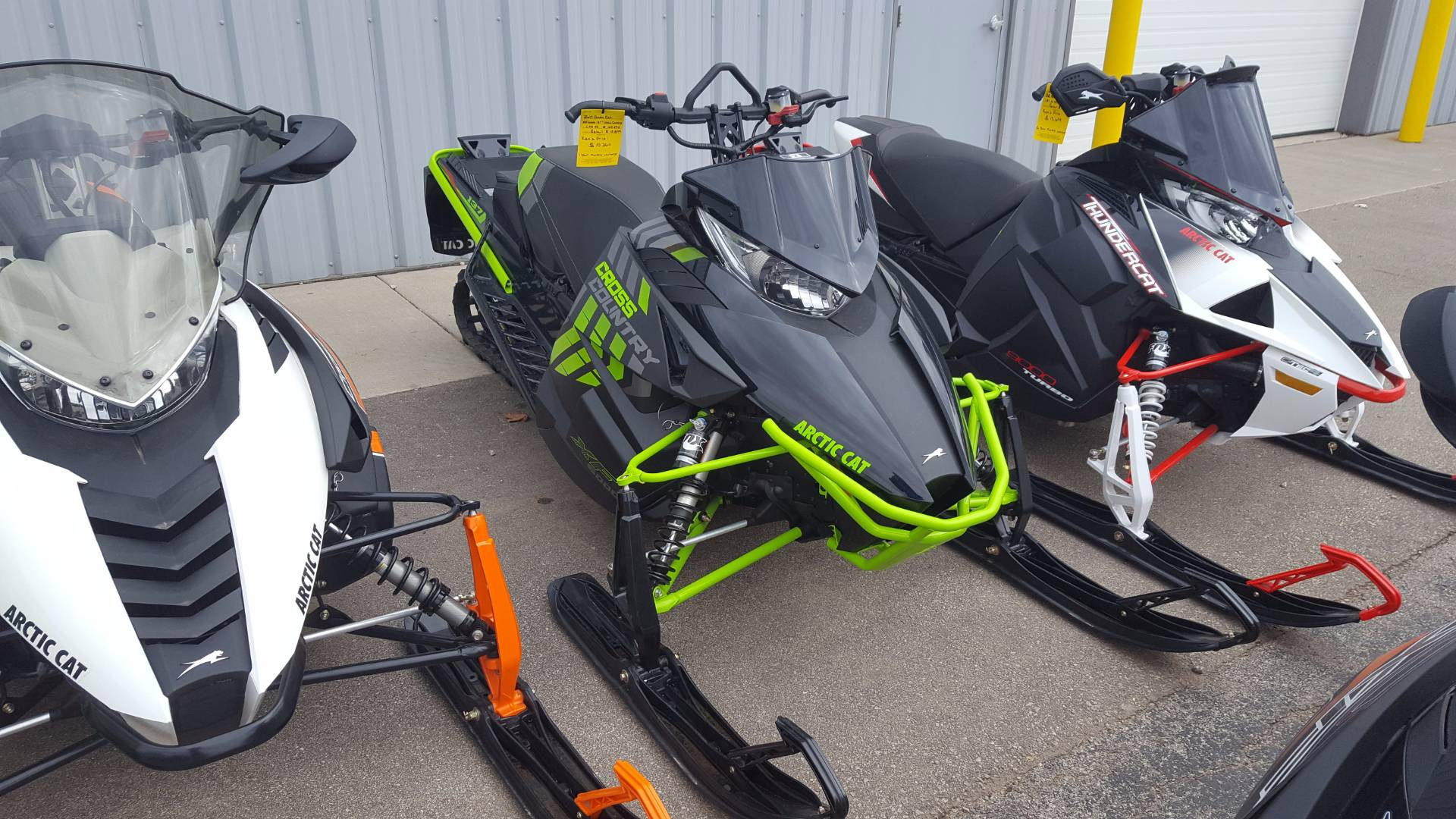 2017 XF 6000 Cross Country Limited ES 137